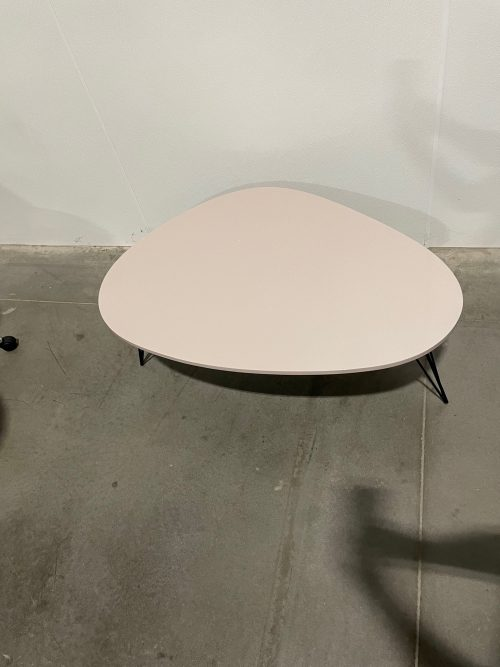 beige table with black hairpin legs 3